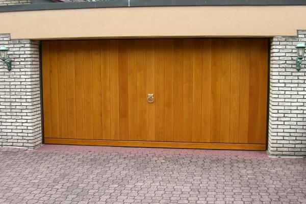 garagentore bau und m belschreinerei blumeyer maikammer pfalz. Black Bedroom Furniture Sets. Home Design Ideas